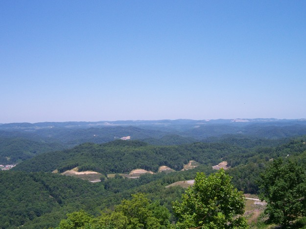 view_from_pine_mountain_(kentucky)